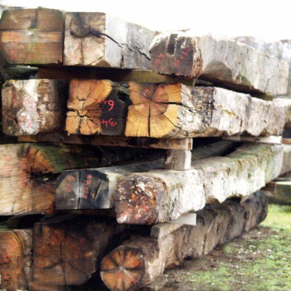 Poutre bois ancienne