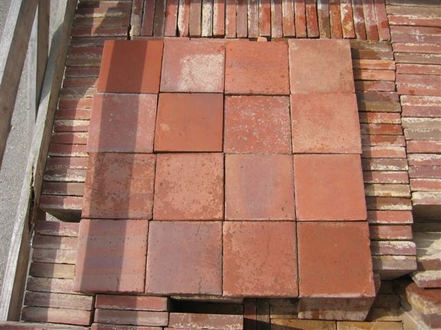 Antique reclaimed quarry tiles 16 x16 cm 20 x 20 cm for Carrelage ancien terre cuite