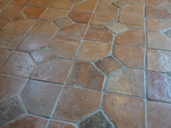 Antique french terracotta floors