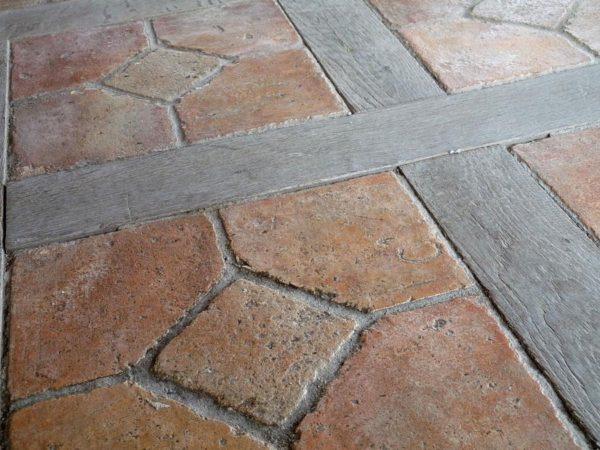vieilles dalles terre cuite chêne