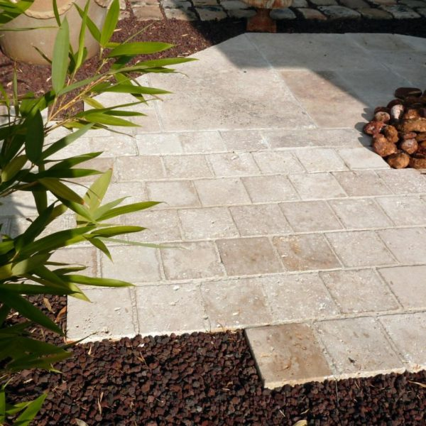 Pavé travertin beige