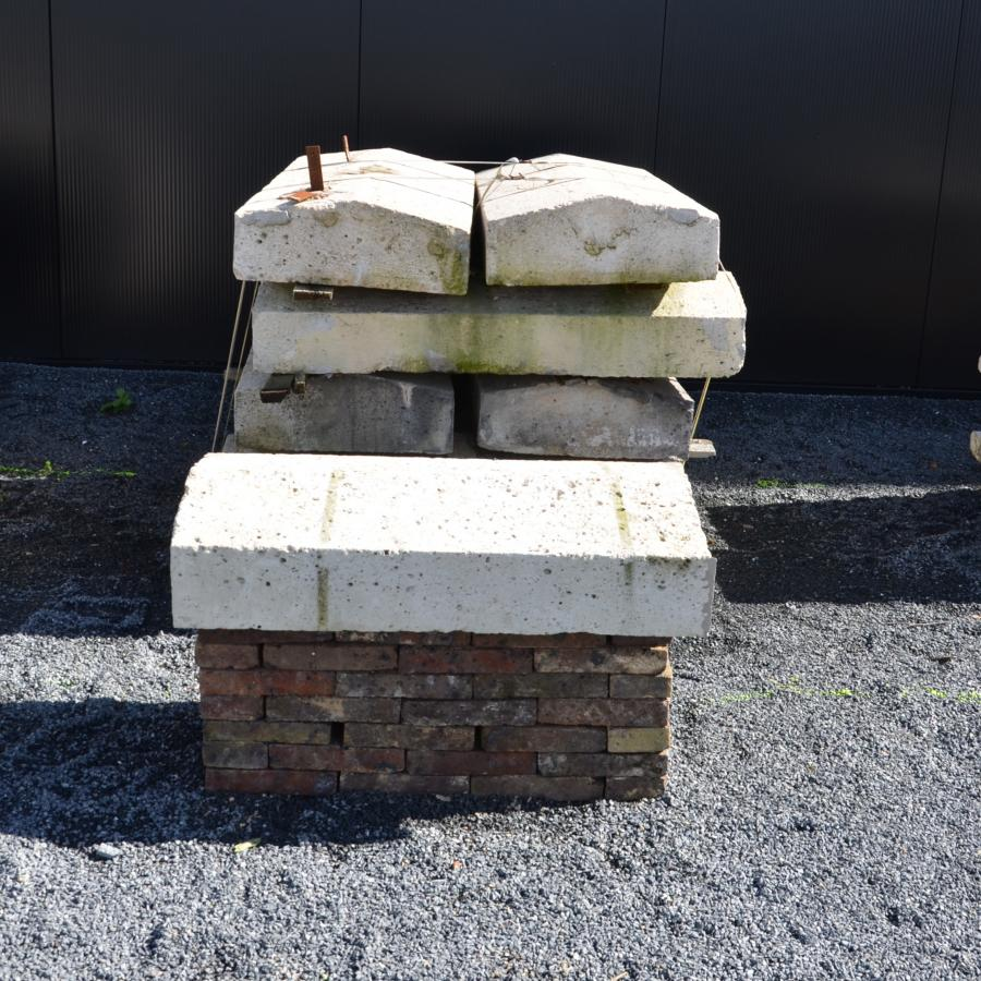 Vintage Stone Walls : Antique reclaimed stone wall coping bca matériaux anciens