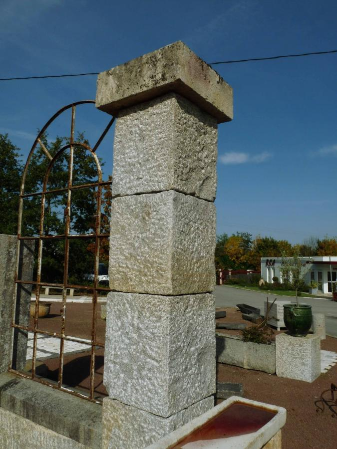 French Antique Stone Gate Pillars Bca Mat 233 Riaux Anciens