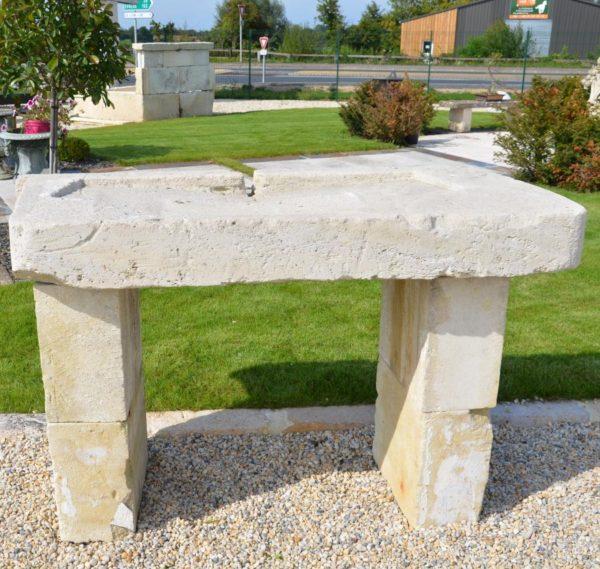 evier pierre calcaire pied
