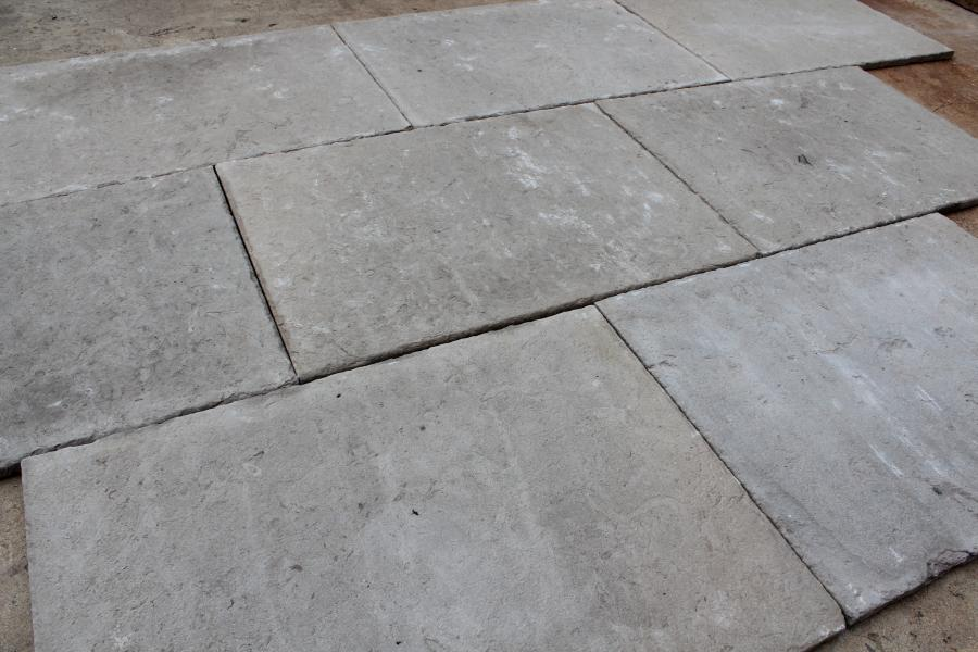 Natural Limestone Flagstones Selected And Antiqued