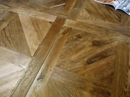 Antique Oak Anjou Panels 80 Cm X 80 Cm Bca Antique