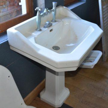 Lavabo ancien salle de bain