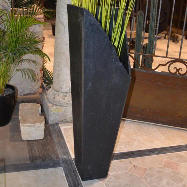 Vase en ardoise noire