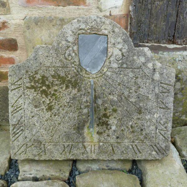 cadran solaire pierre calcaire