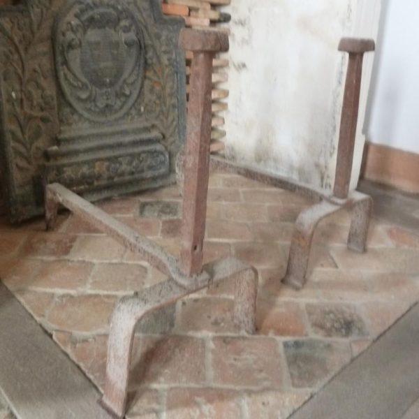 ancien chenet en fer forge