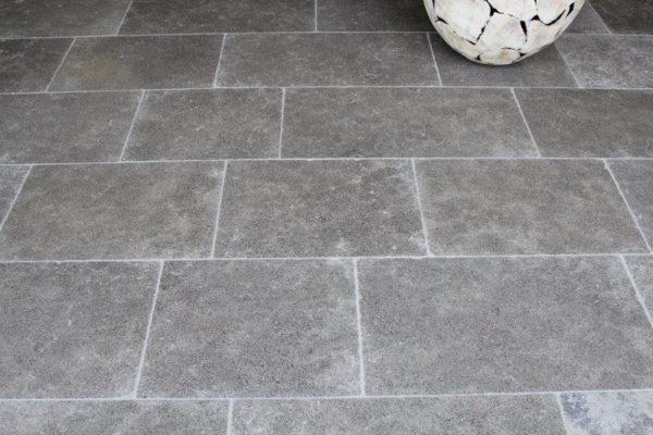 Grey Argos limestone flagstone tiles