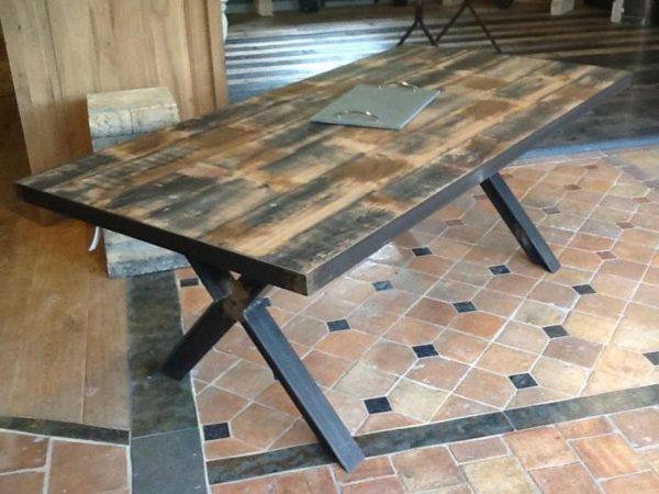Table industrielle bois et fer