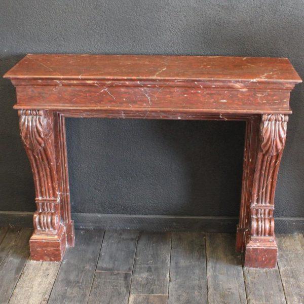 Cheminée ancienne en marbre rouge alicante style napoléon iii
