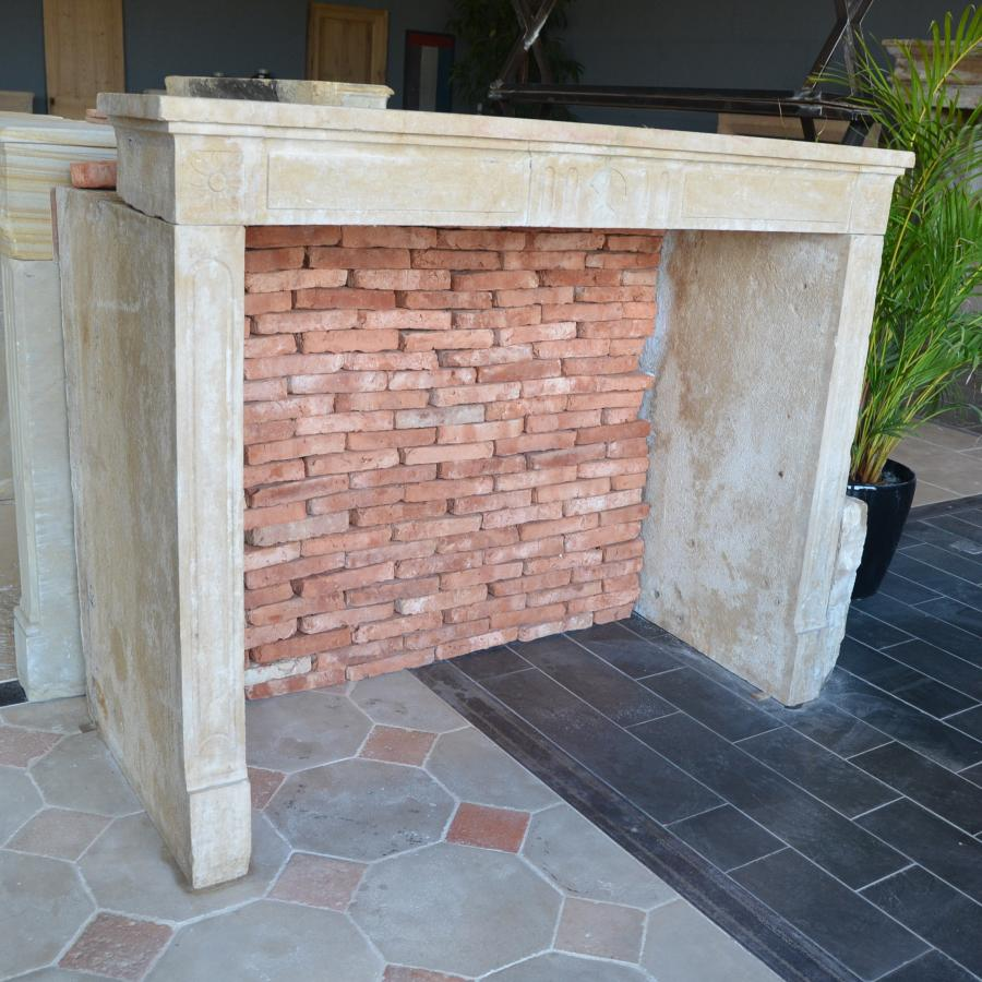 Antique French Limestone Fireplace Bca Mat 233 Riaux Anciens