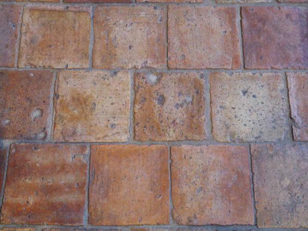 Tomette ancienne en terre cuite 16x16