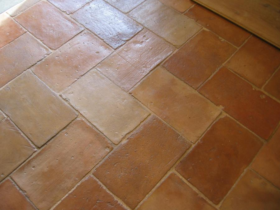 Antique reclaimed parefeuille terra cotta for Parefeuille carrelage