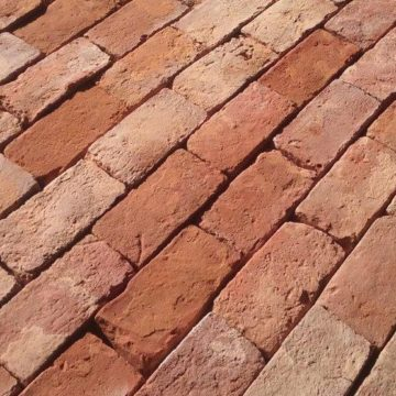 second hand red bricks