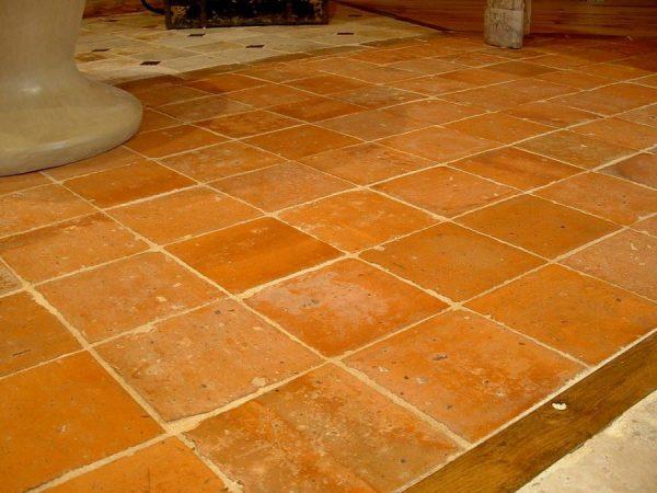 terra cotta tiles 22 x 22 cm