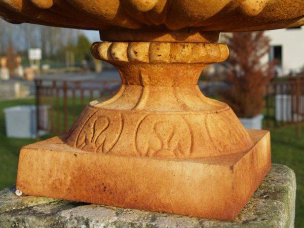 Vase en fonte Medicis