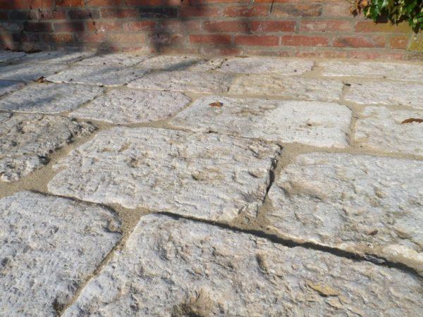 pierre ancienne