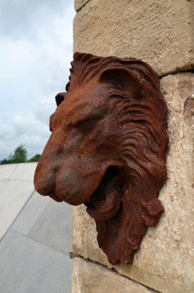 tête de lion pour fontaine