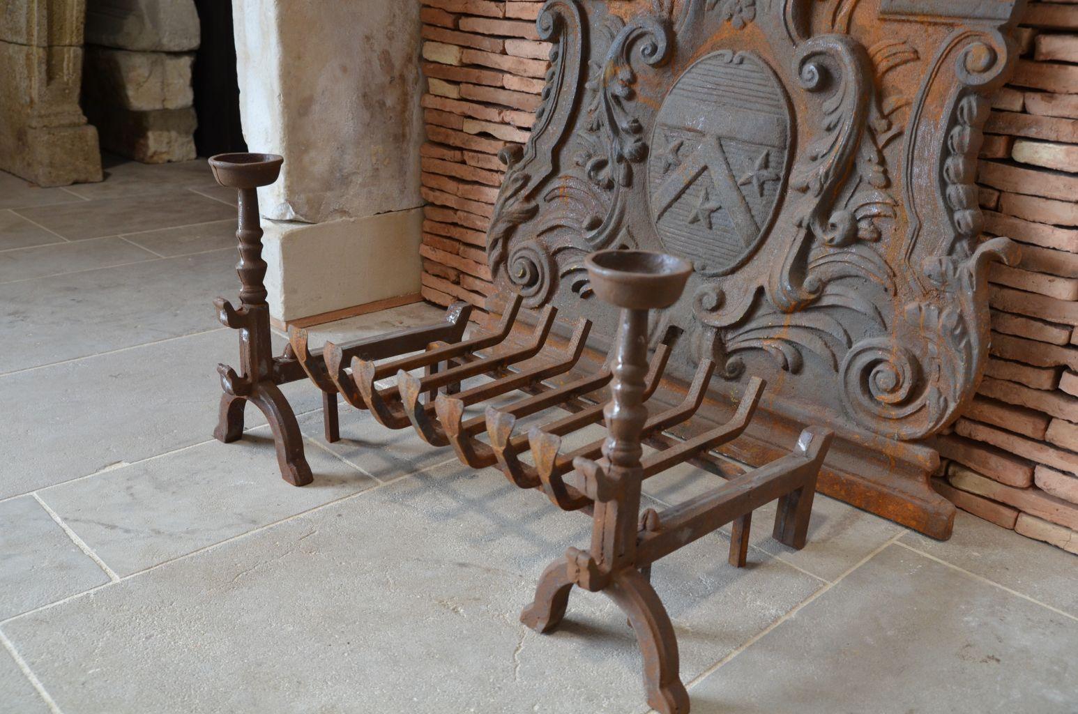 Paire De Chenets Ou Porte Bûches En Fonte Bca Antique Materials
