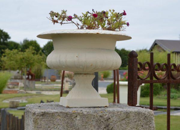 Vase Médicis en fonte pour jardin
