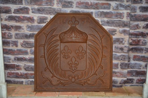 iron antique french fireback for interior