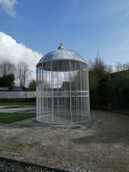 circular gazebo birdcage in white color