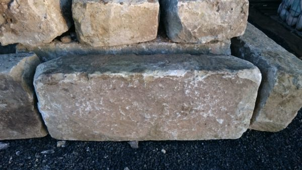 reclaimed kerb pavement in gritstone