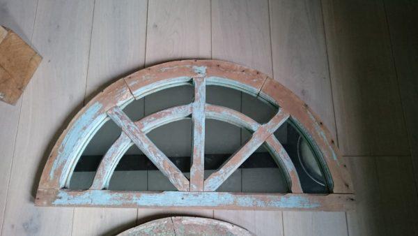 Miroir ancien en bois de sapin