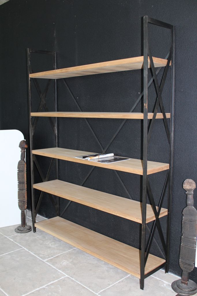 Shelves in wood and steel