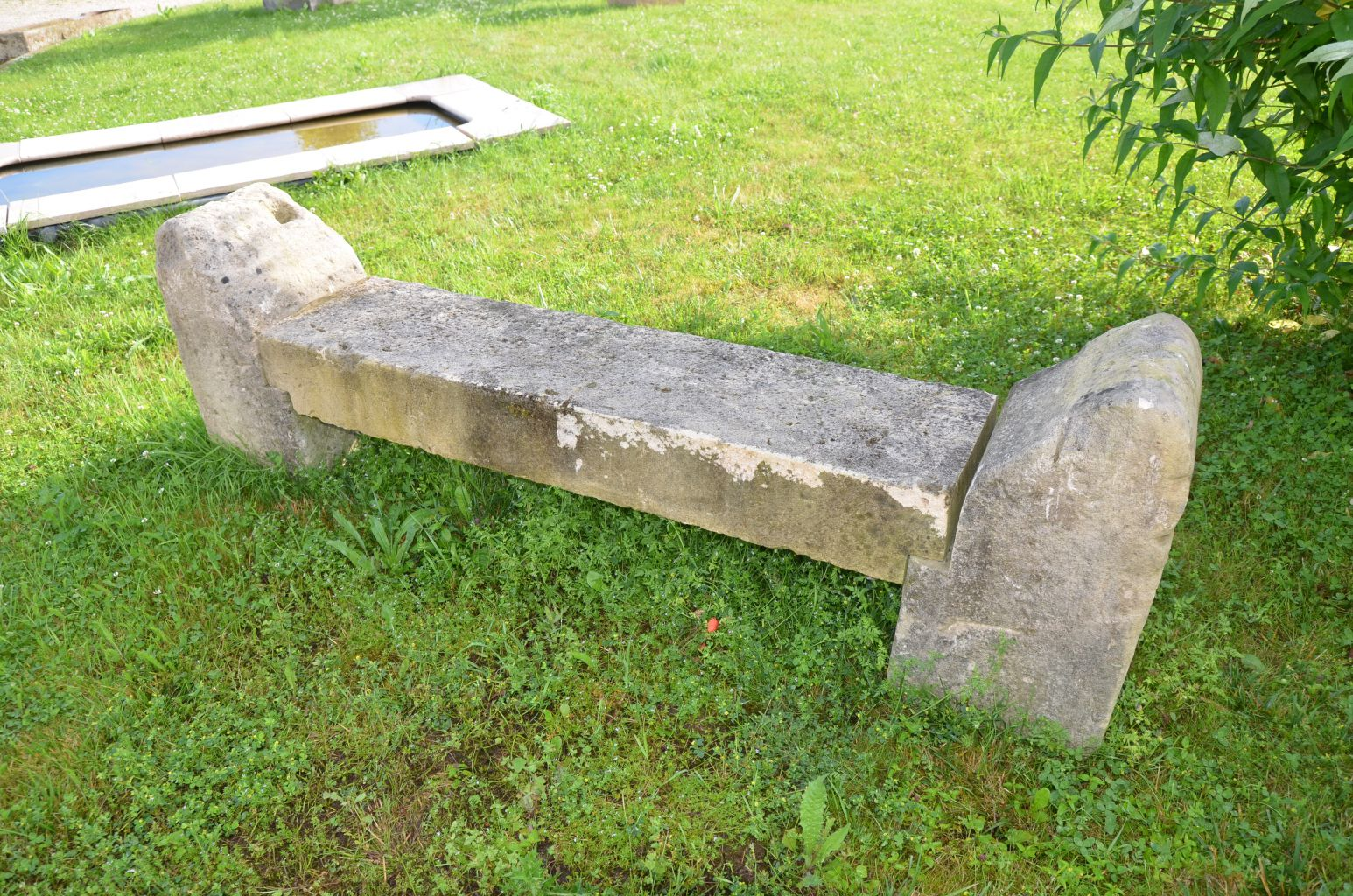 Rustic Stone Garden Bench In Antique Limestone