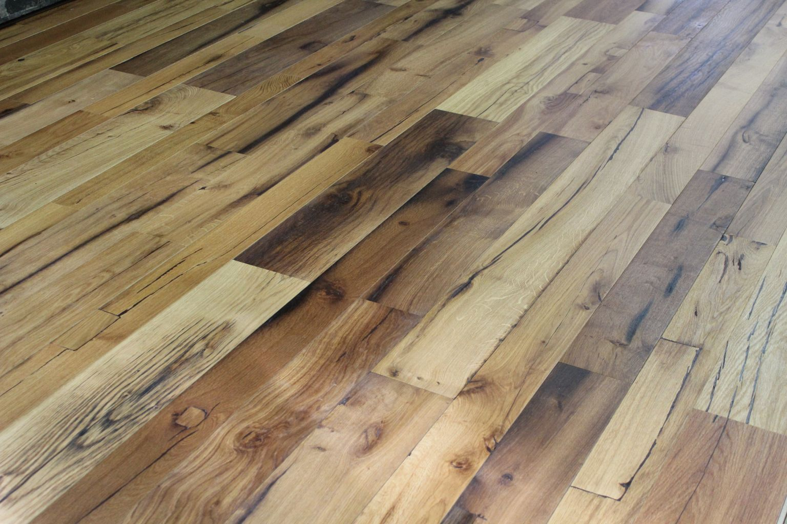 Engineered reclaimed oak flooring bca antique materials for Salvaged oak flooring