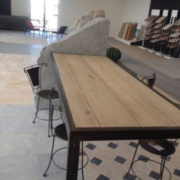 Bureau en fer et plateau bois