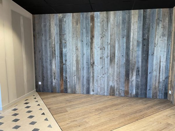 antique wall cladding in grey and brown