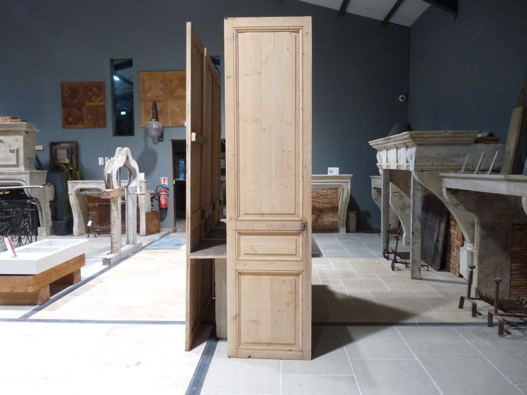 porte de placard en sapin. Black Bedroom Furniture Sets. Home Design Ideas