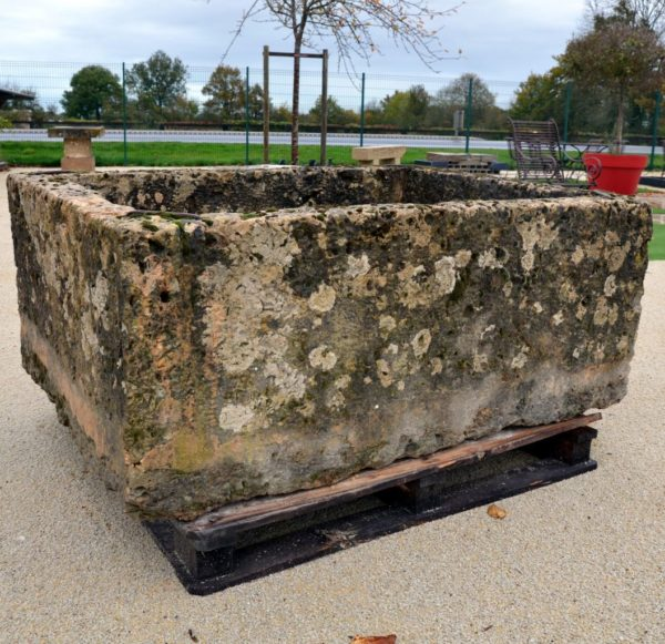 Antique Trough in French limestone, 19th century