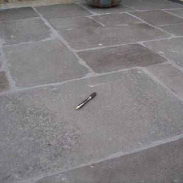 Reclaimed flagstones volcanic stone