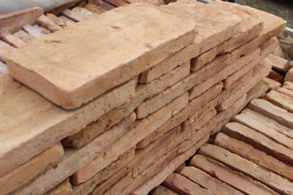 reclaimed bricks from france