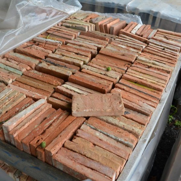 reclaimed thin bricks from france