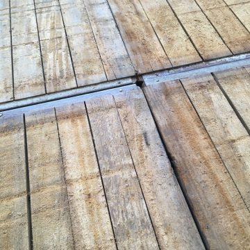 banches en bois ancien