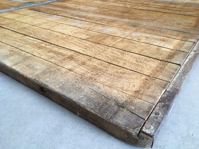 Panneau de coffrage bois ancien banches bois bca - Table en planche de coffrage ...