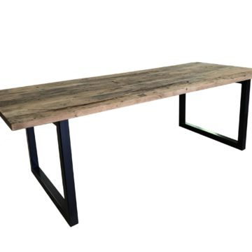 table en planches de wagon