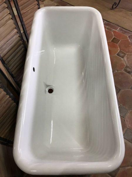 baignoire ancienne blanche en fonte