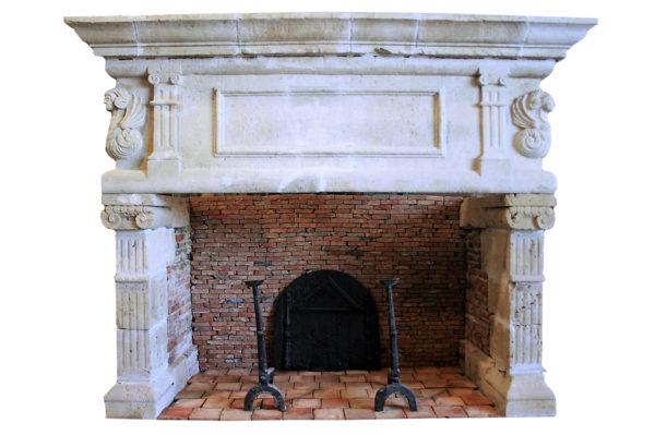cheminée de la renaissance en pierre