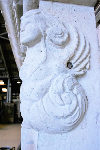 jambage cheminée ancienne pierre