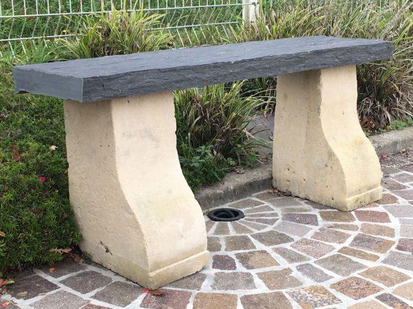 banc ancien en pierre pour la jardin