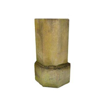 colonne en pierre ancienne