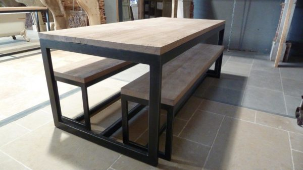 dining table in oak and metal with benches